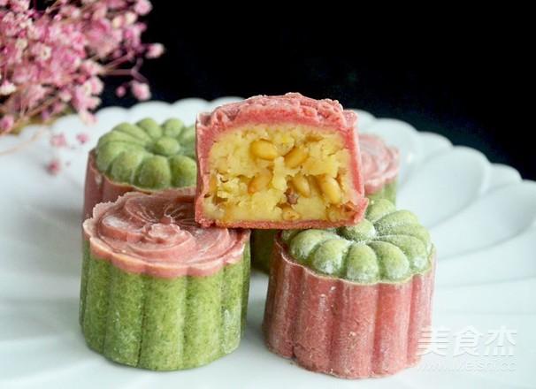 桃山松仁奶黄月饼的做法大全