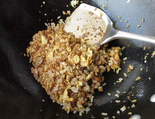 姜末蛋炒饭的步骤