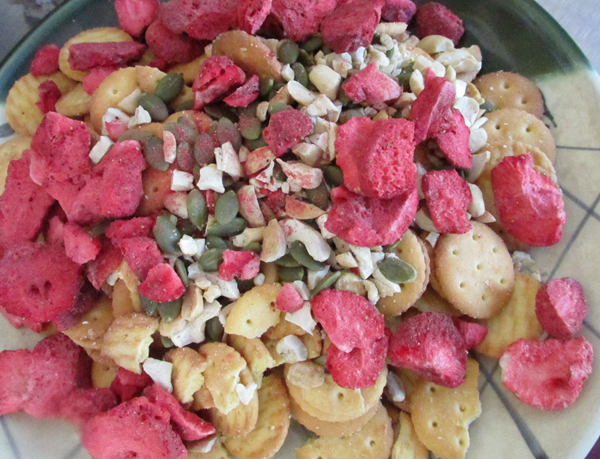 草莓雪花酥的简单做法