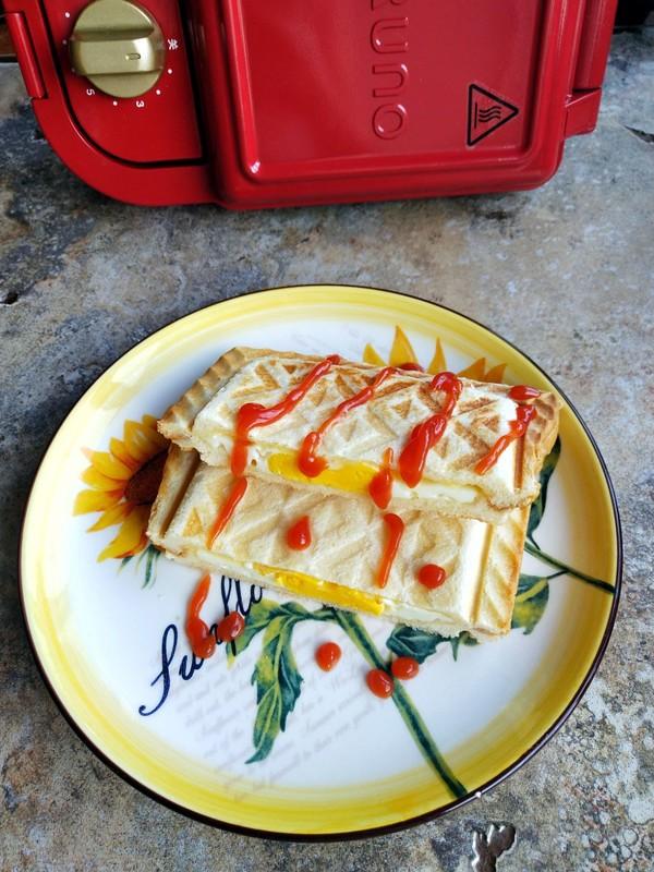 鸡蛋奶酪三明治怎么煮