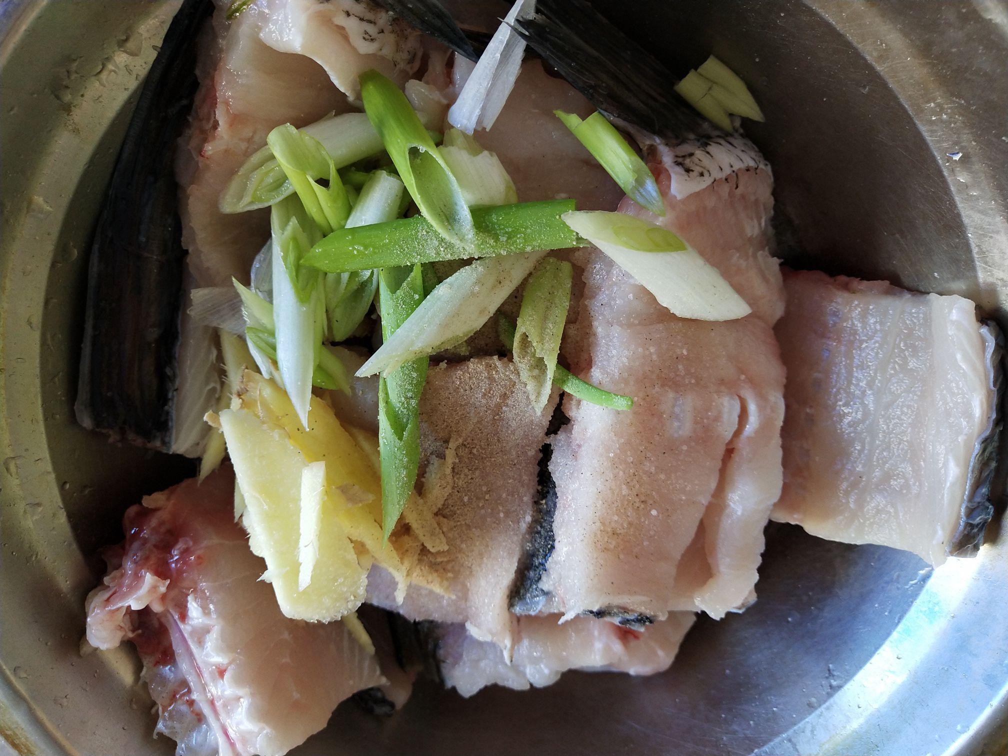 鱼骨汤面的做法图解