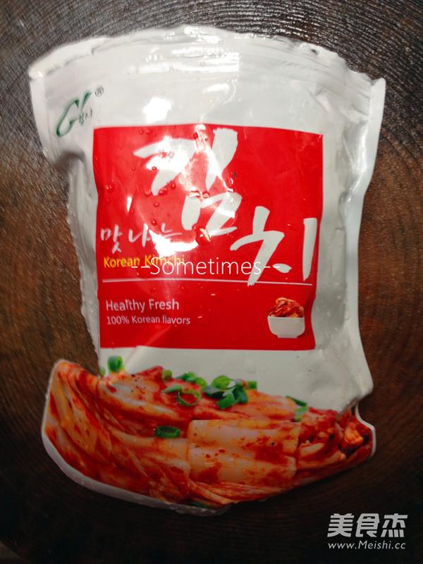 泡菜金针菇肥牛豆腐煲的家常做法