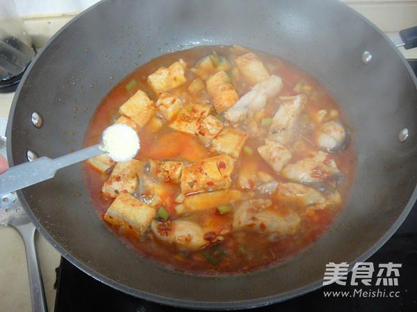 青鱼炖冻豆腐怎样煸
