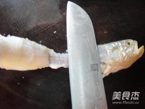 苔菜拖黄鱼的简单做法