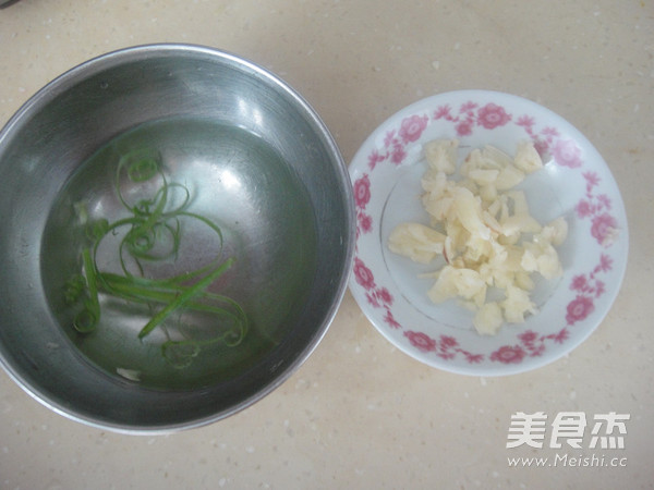 蒜香虾球怎么煮