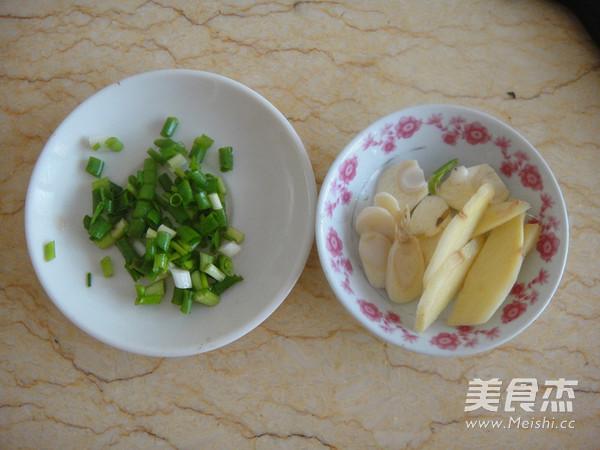 竹笋腊肉炒酱干的做法图解
