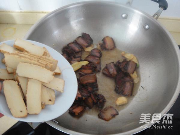 竹笋腊肉炒酱干怎么煮
