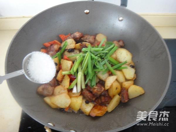 豉香土豆小排骨怎样炒