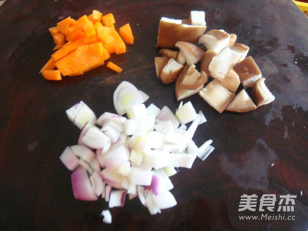 排骨糯米焖饭的简单做法