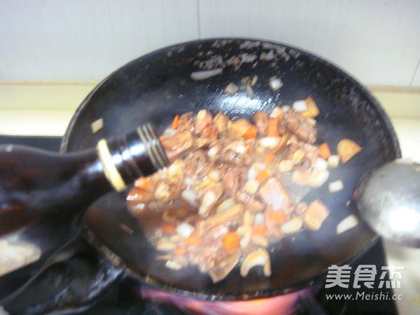 排骨糯米焖饭怎么炖