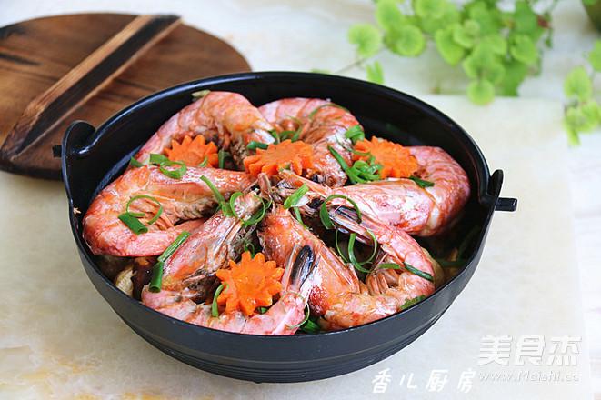 菌菇杂烩海鲜煲怎么煸