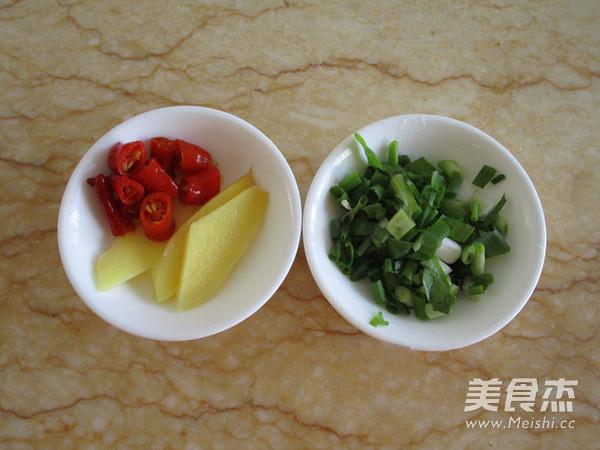 泡椒烧黄鱼的家常做法