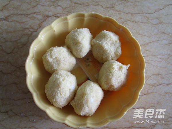 奶香椰蓉花式面包怎么煮