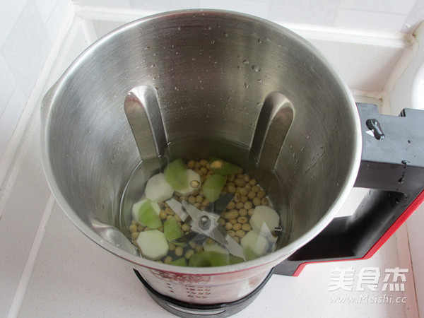 莴笋山药豆浆的家常做法