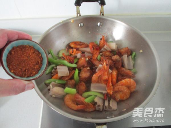 干锅鸡翅虾怎样煸