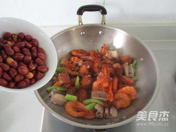 干锅鸡翅虾怎样做