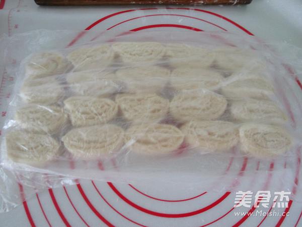 萝卜丝芝麻酥饼怎样炒