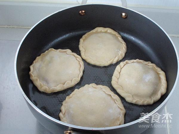 杂粮茴香鲜肉饼怎样煸