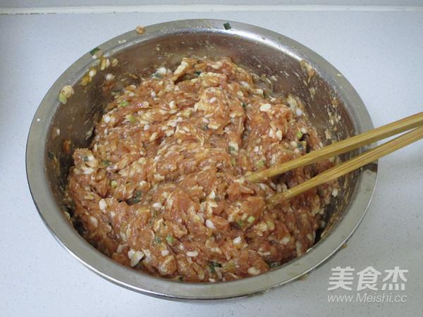 荠菜猪肉大馄饨的简单做法