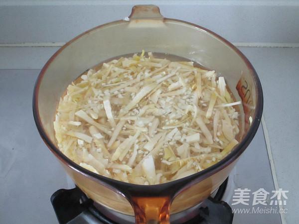 春笋咸菜炒肉丝的简单做法