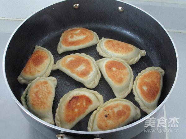 韭菜鲜肉煎饺怎样炒