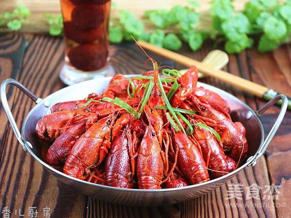 杨梅酒小龙虾怎样煸