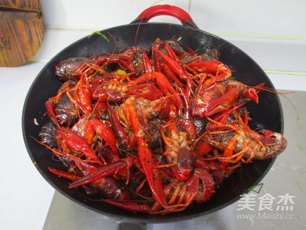 十三香小龙虾怎么吃
