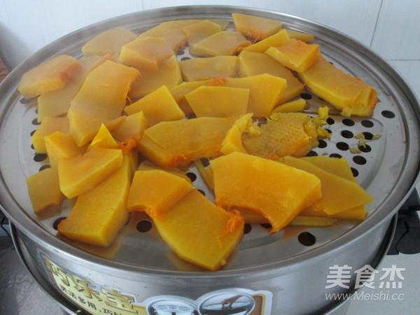 南瓜豆沙饼的家常做法