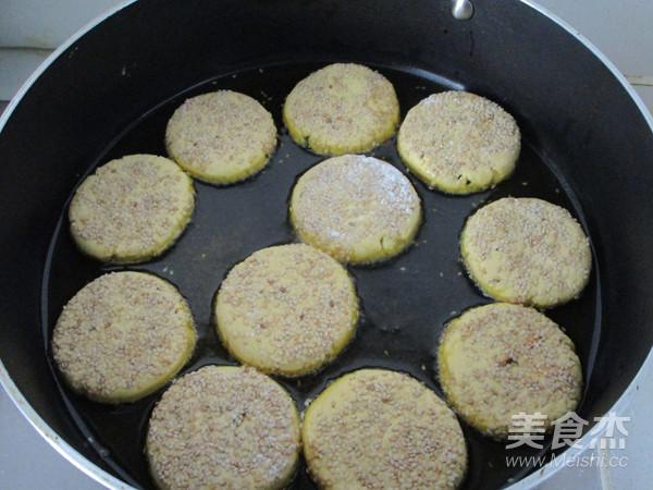 南瓜豆沙饼怎样炒