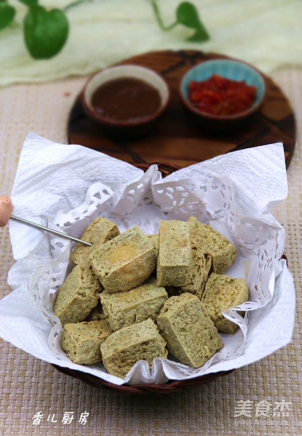 油炸臭豆腐成品图