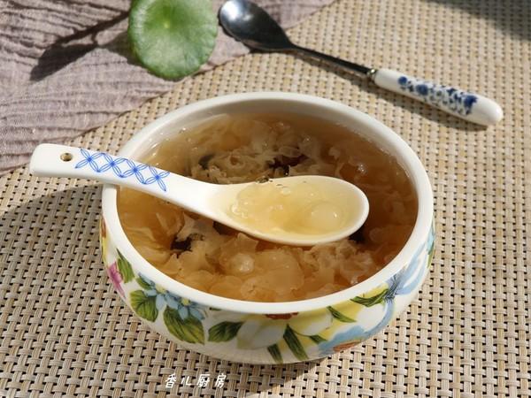 银耳皂角米红枣羹怎么吃