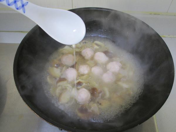 虾丸烩菌菇怎么炒