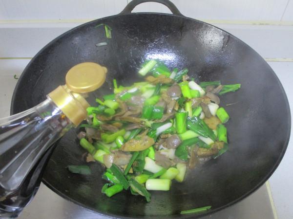 青蒜炒鸡杂怎么煮