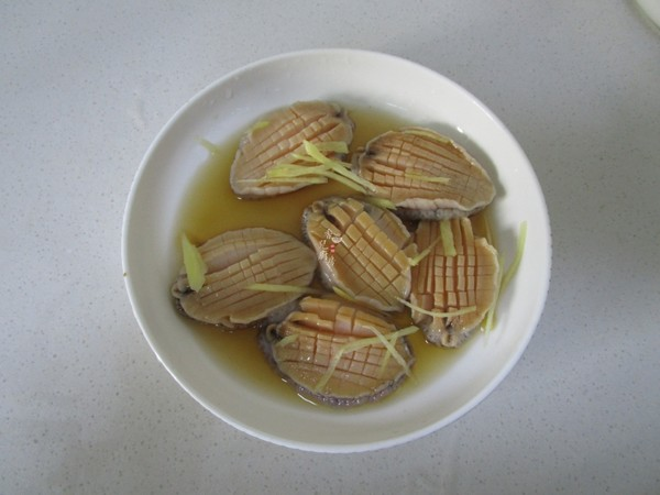 金针菇蒸鲍鱼的简单做法