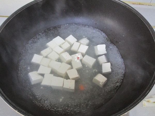 虾仁青豆豆腐的简单做法