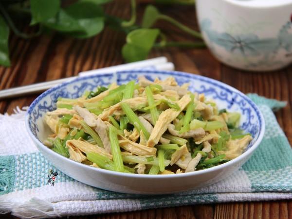 芹菜腐竹炒肉丝怎么做