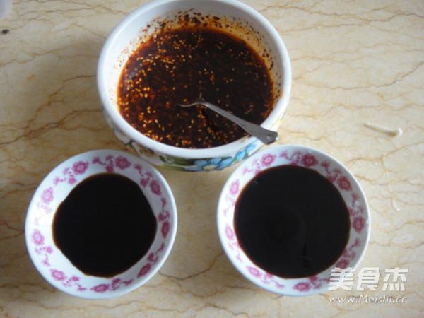 香辣金针菇猪肚丝的家常做法