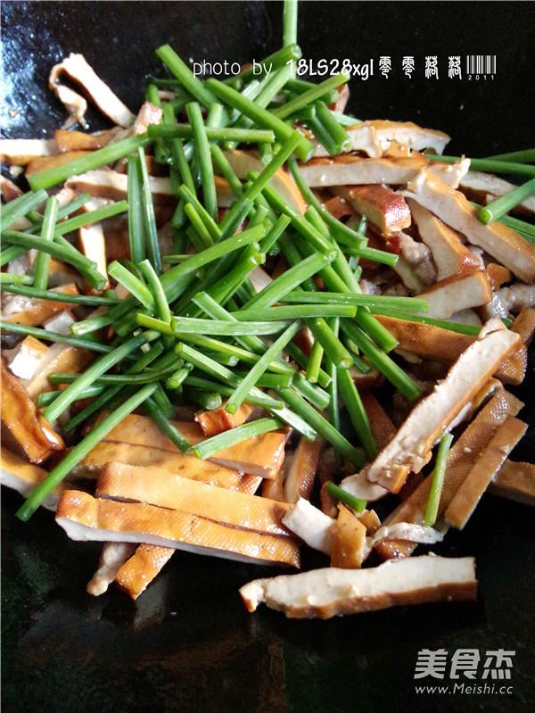 韭菜豆腐干肉丝怎么炒