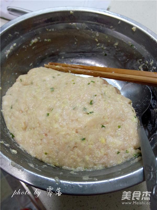 白菜猪肉锅贴的简单做法