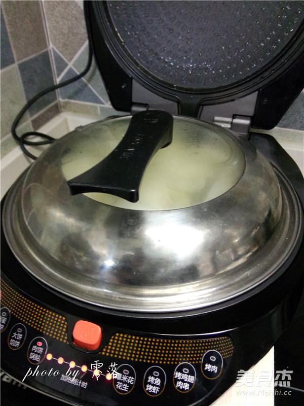 白菜猪肉锅贴怎么炖