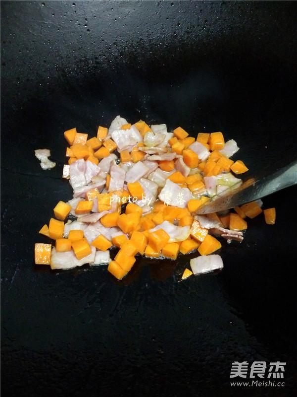 香菇培根酱油饭怎么做