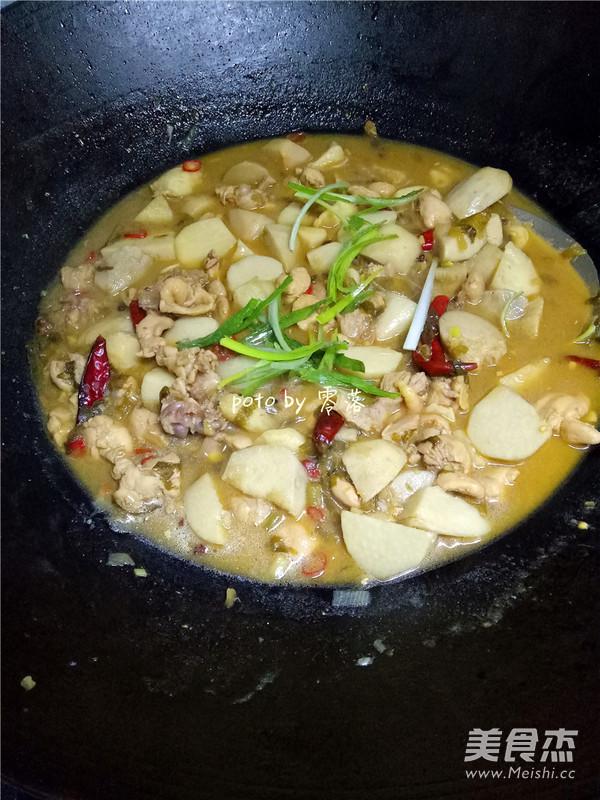 川菜芋儿鸡怎样做