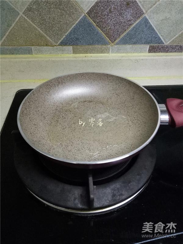 辣炒藕丁的简单做法