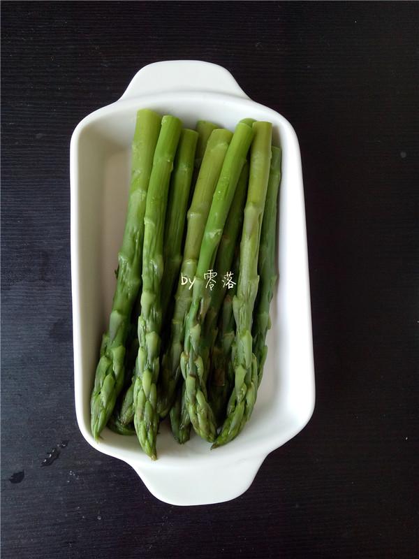 白灼芦笋的简单做法