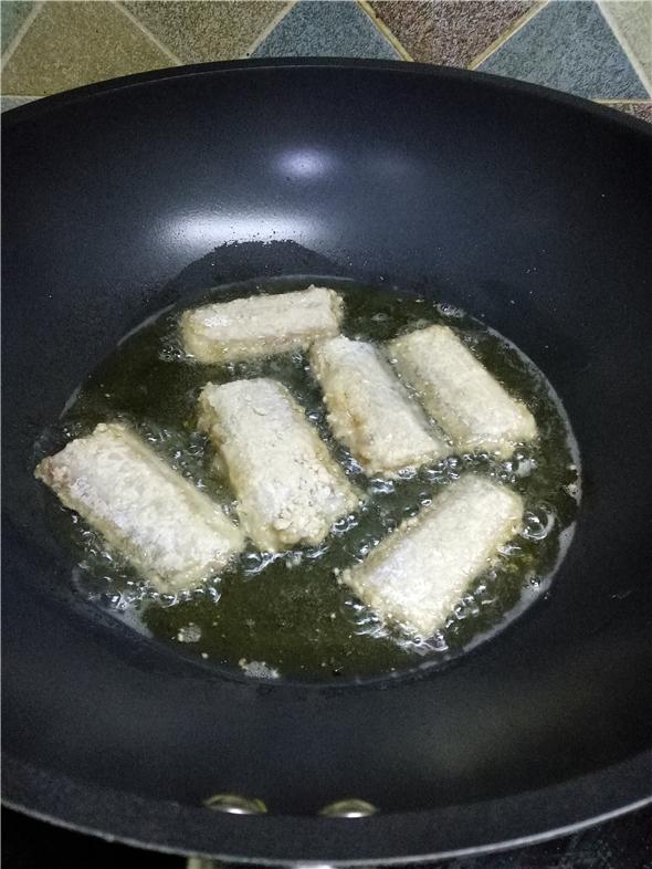 香酥带鱼怎么吃
