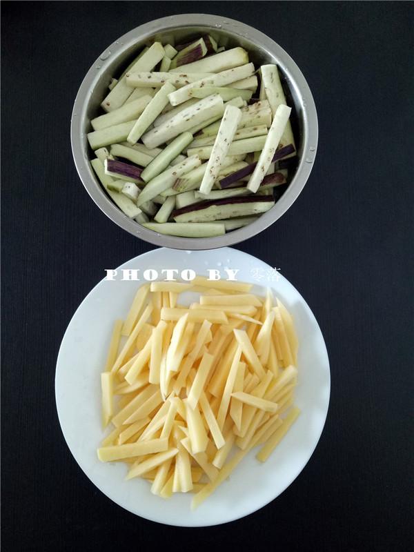 土豆焖茄子的做法大全