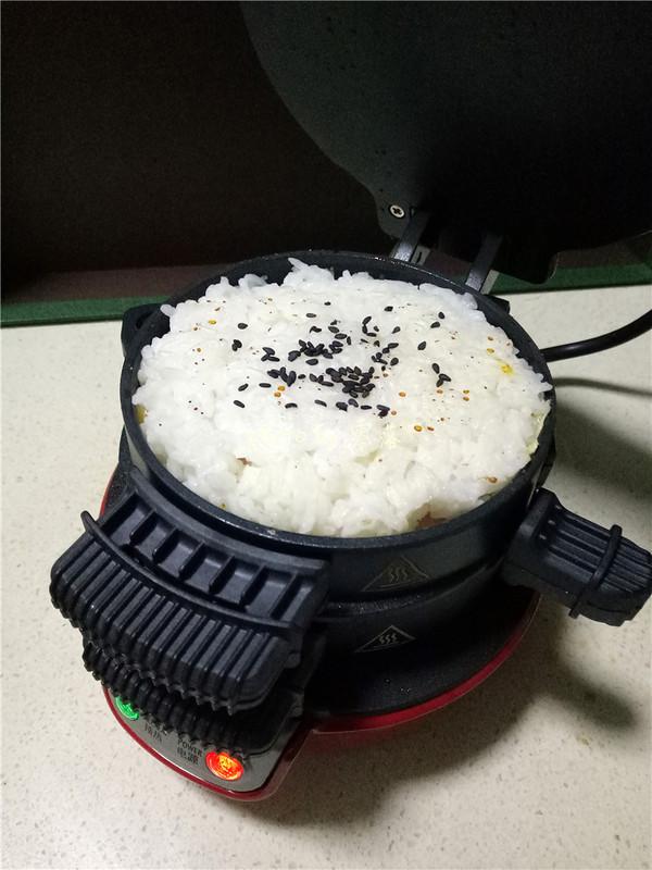 米饭肉饼汉堡怎么煮