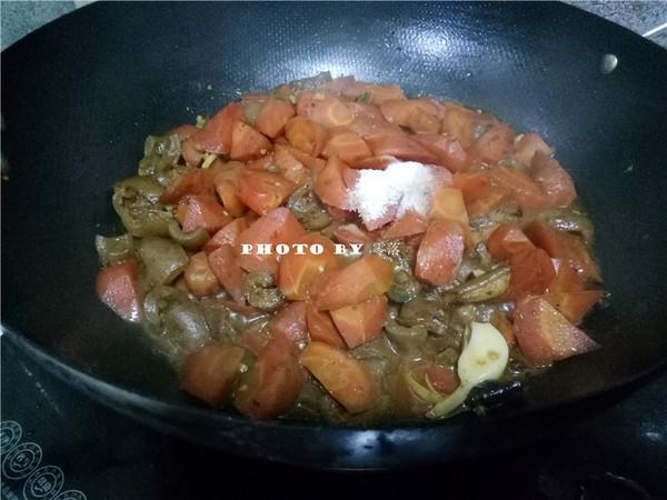胡萝卜烧肉皮怎么炖