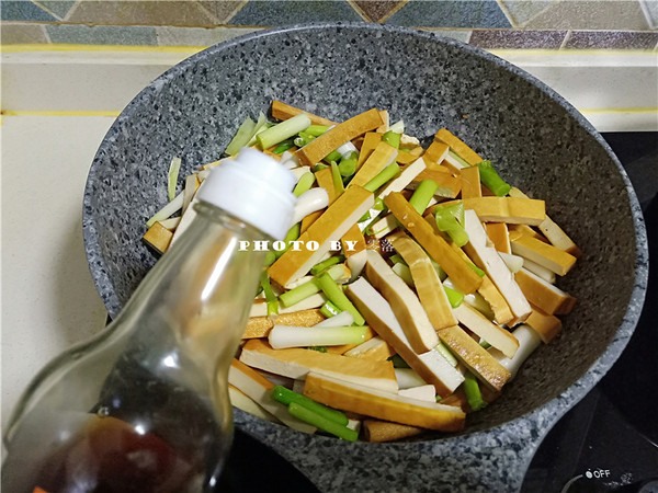 蒜苗豆腐干怎么做