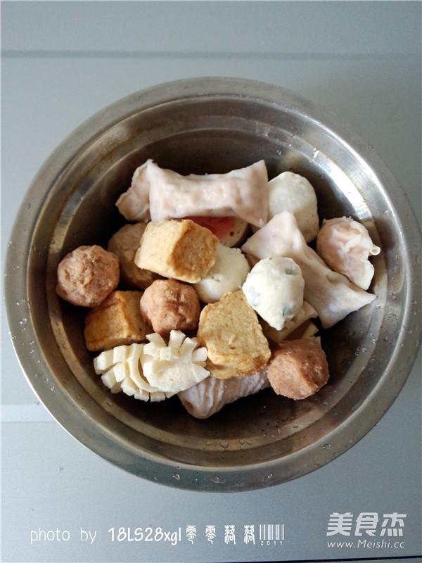 韩式辣白菜丸子汤的家常做法